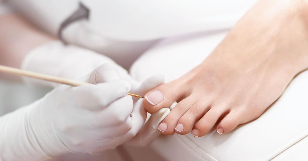 Jalkahoito on osa ihmisen perusterveydenhuoltoa